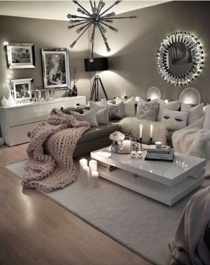 Lovely Living Room Decor Ideas That Cozy And Chic 16