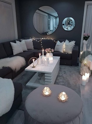 Lovely Living Room Decor Ideas That Cozy And Chic 26