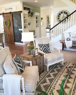 Popular Farmhouse Living Room Makeover Decor Ideas To Have Now 26