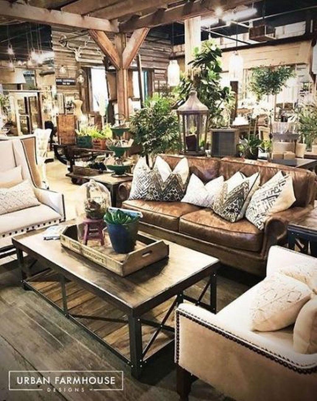 Rustic Farmhouse Furniture Design Ideas For Living Room 37