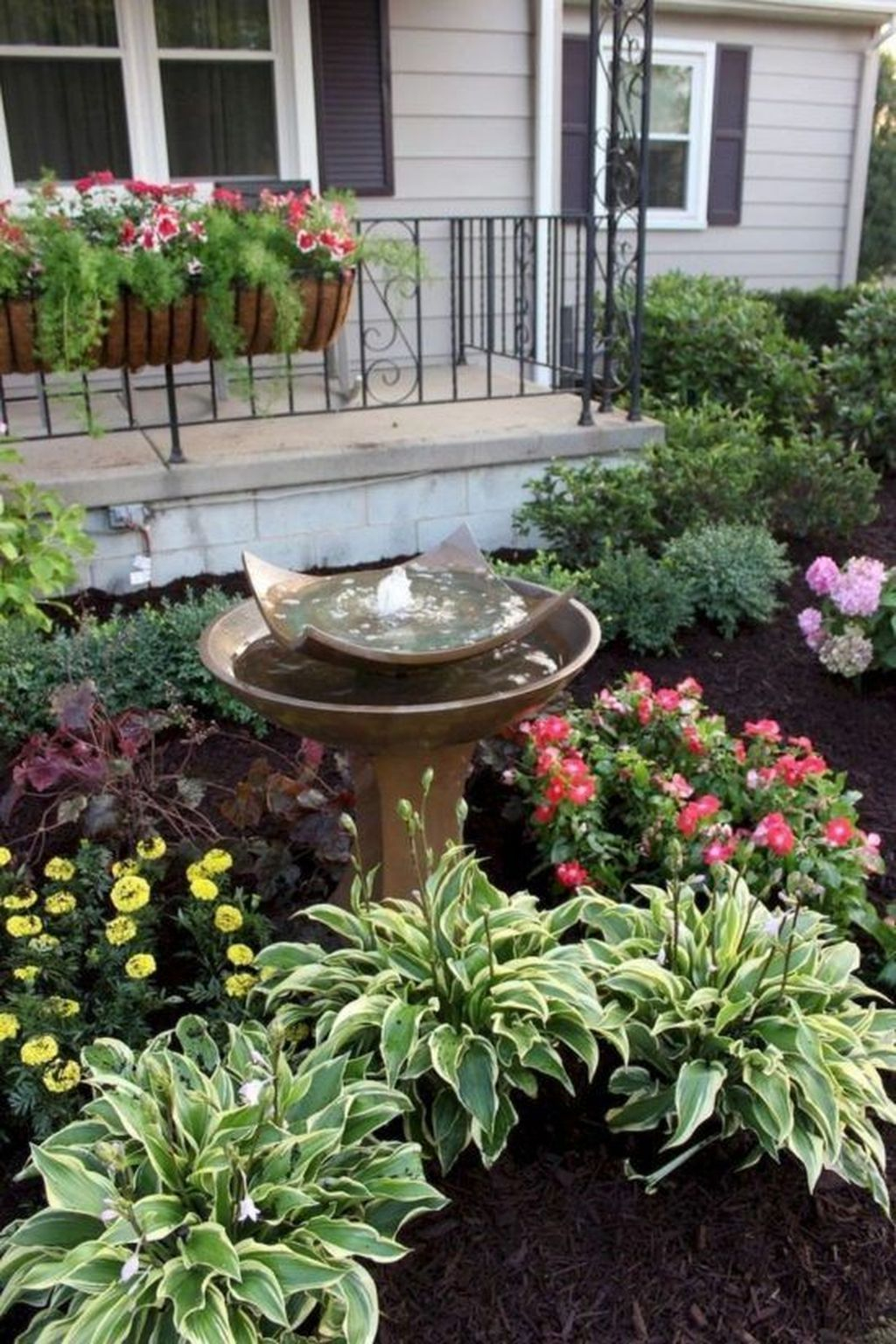 Unique Diy Flower Bed Ideas For Front Yard To Try 01