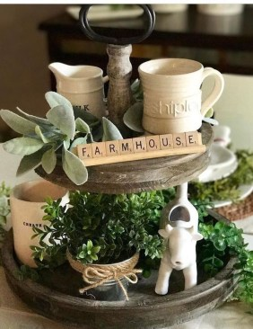 Vintage Farmhouse Summer Decor Ideas To Try Asap 34