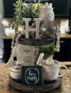 Vintage Farmhouse Summer Decor Ideas To Try Asap 36