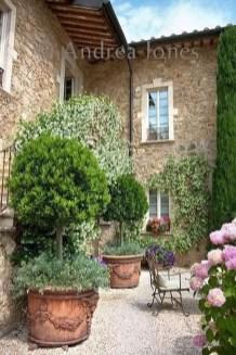 Awesome Mediterranean Garden Design Ideas For Your Backyard 04