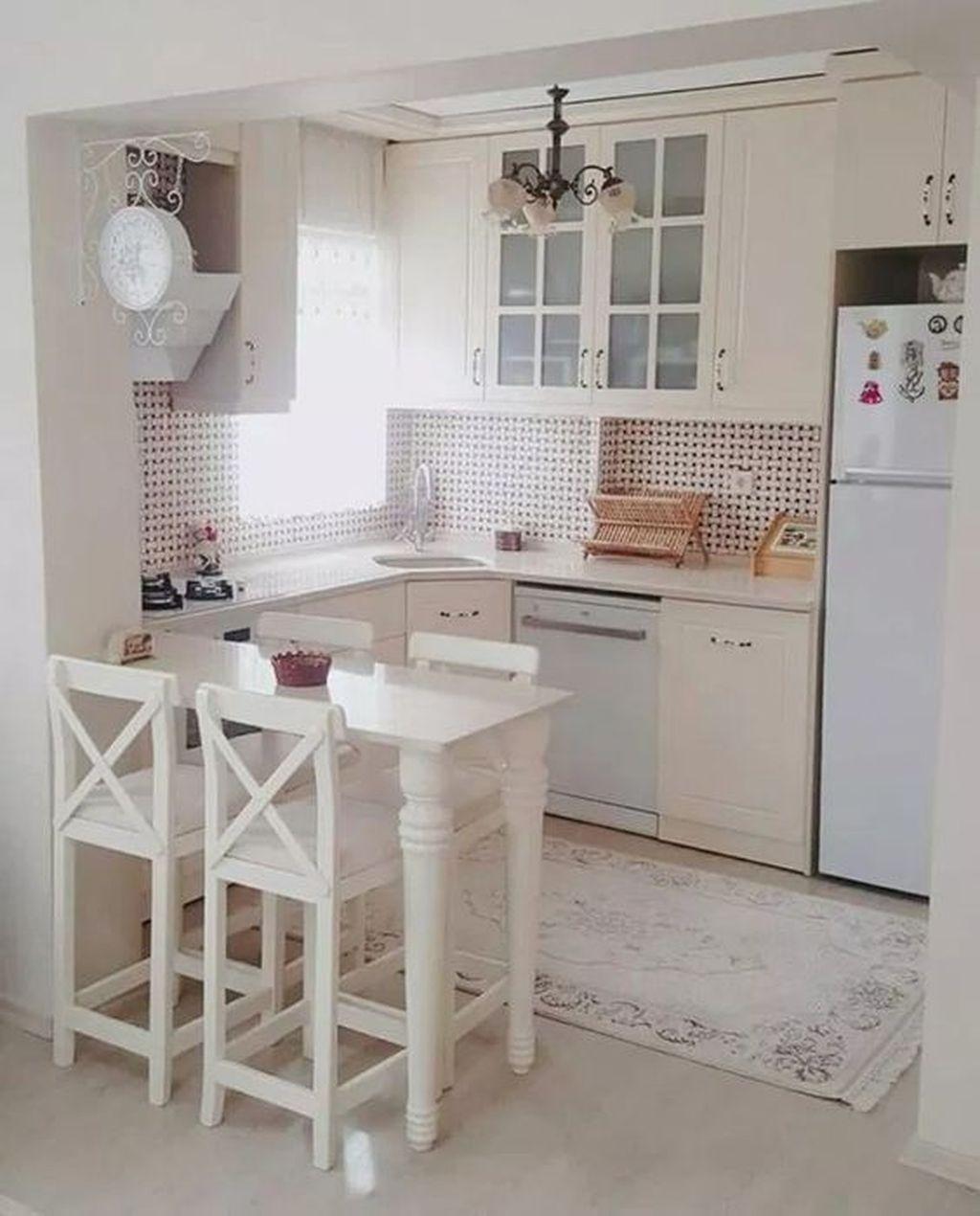 Brilliant Small Kitchen Remodel Design Ideas On A Budget 21