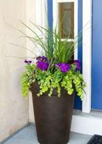 Dreamy Front Door Flower Pots Design Ideas To Increase Your Home Beauty 10