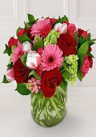 Excellent Valentine Floral Arrangements Ideas For Your Beloved People 25