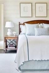 Gorgeous Beachy Farmhouse Bedroom Design Ideas For Cozy Sleep 01