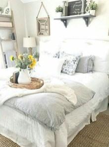 Gorgeous Beachy Farmhouse Bedroom Design Ideas For Cozy Sleep 07