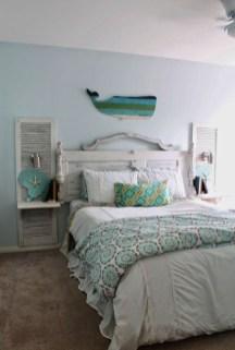 Gorgeous Beachy Farmhouse Bedroom Design Ideas For Cozy Sleep 21