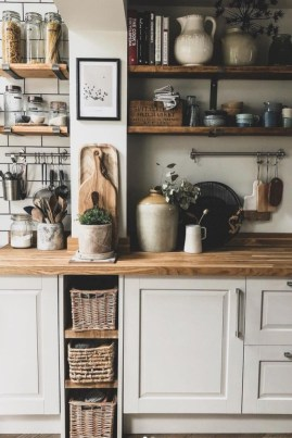 Incredible Small Kitchens Design Ideas That Space Saving 35