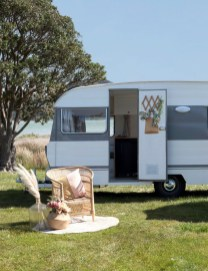 Lovely Caravans Design Ideas For Cozy Camping To Try 05