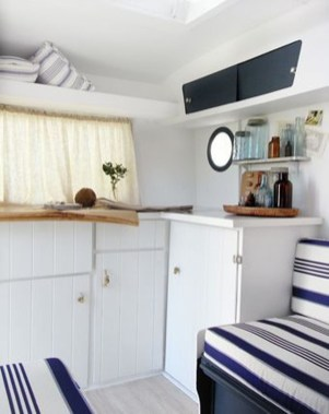 Lovely Caravans Design Ideas For Cozy Camping To Try 18