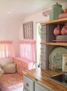 Lovely Caravans Design Ideas For Cozy Camping To Try 19