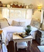 Lovely Caravans Design Ideas For Cozy Camping To Try 24