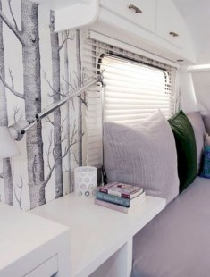 Lovely Caravans Design Ideas For Cozy Camping To Try 30