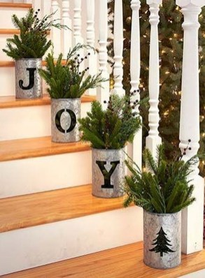 Marvelous Farmhouse Christmas Decor Ideas That You Must Try 16