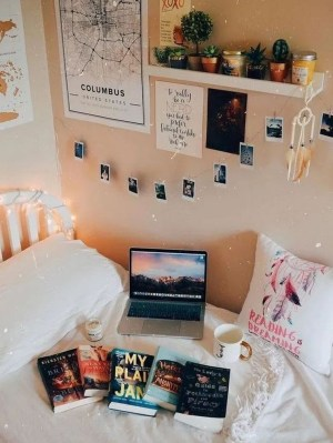 Perfect Dorm Room Organization Decor Ideas To Try Asap 33
