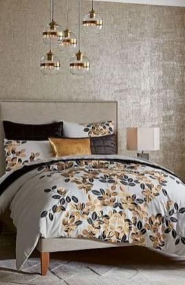 Relaxing Bedroom Wallpaper Decoration Ideas For Comfortable Bedroom 07