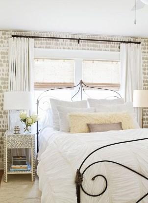 Relaxing Bedroom Wallpaper Decoration Ideas For Comfortable Bedroom 16