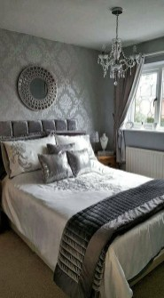 Relaxing Bedroom Wallpaper Decoration Ideas For Comfortable Bedroom 20