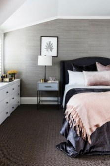 Relaxing Bedroom Wallpaper Decoration Ideas For Comfortable Bedroom 23