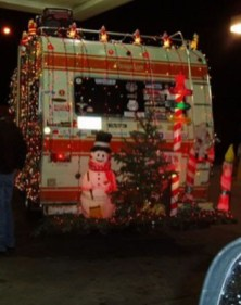 Sophisticated Christmas Rv Decorations Ideas For Valuable Moment 41