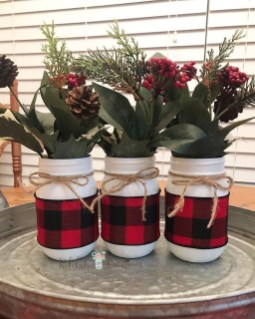 Beautiful Farmhouse Christmas Decor Ideas To Have Right Now 23