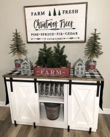 Beautiful Farmhouse Christmas Decor Ideas To Have Right Now 30