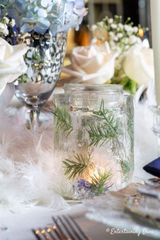 Beautiful Winter Centerpiece Decoration Ideas To Try Asap 31