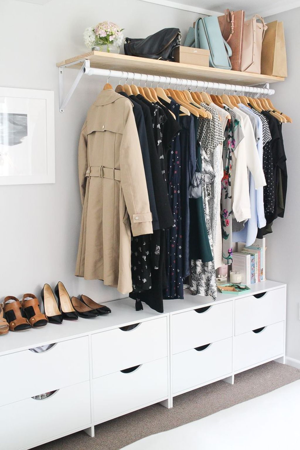 Dreamy Bedroom Organization Ideas That Will Enhance Home Storage 04