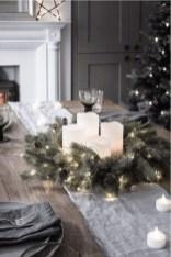 Pretty Winter Table Decoration Ideas For A Romantic Dinner 03