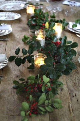 Pretty Winter Table Decoration Ideas For A Romantic Dinner 18