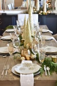 Pretty Winter Table Decoration Ideas For A Romantic Dinner 20