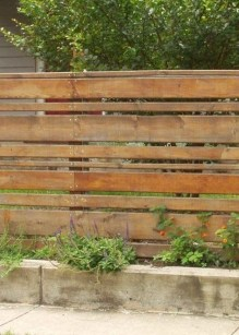 Surpising Fence Design Ideas To Enhance Your Beautiful Yard 01