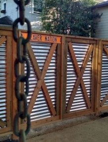 Surpising Fence Design Ideas To Enhance Your Beautiful Yard 05
