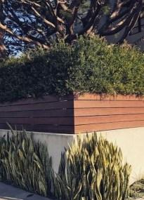 Surpising Fence Design Ideas To Enhance Your Beautiful Yard 06
