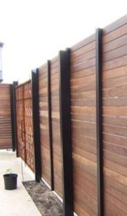 Surpising Fence Design Ideas To Enhance Your Beautiful Yard 20