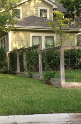 Surpising Fence Design Ideas To Enhance Your Beautiful Yard 27