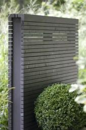 Surpising Fence Design Ideas To Enhance Your Beautiful Yard 28