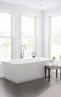 Affordable Bathtub Design Ideas For Classy Bathroom To Try 22
