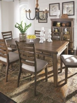 Amazing Dining Room Table Decor Ideas To Try Soon 06