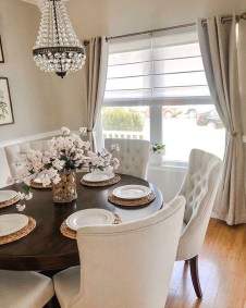 Amazing Dining Room Table Decor Ideas To Try Soon 32