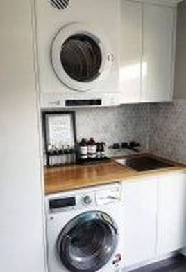 Best Small Functional Laundry Room Decoration Ideas That Looks Cool 18