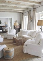 Comfy Farmhouse Living Room Decor Ideas To Copy Asap 16