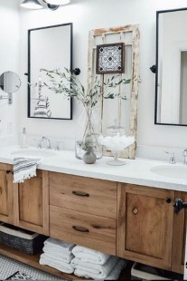 Cool Bathroom Mirror Ideas That You Will Like It 07