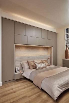 Cozy Small Master Bedroom Decoration Ideas To Copy Soon 17
