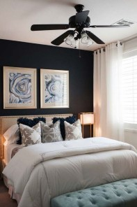 Cozy Small Master Bedroom Decoration Ideas To Copy Soon 20
