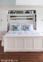 Cozy Small Master Bedroom Decoration Ideas To Copy Soon 22