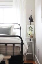 Cozy Small Master Bedroom Decoration Ideas To Copy Soon 30